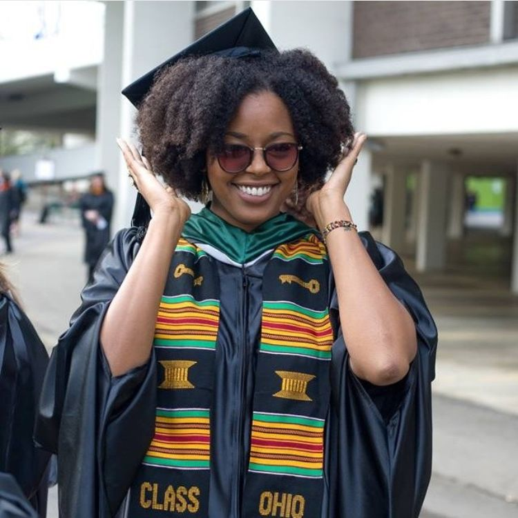 Cap and Gown Slay - Top Ways To Slay in Your Graduation Cap With ...
