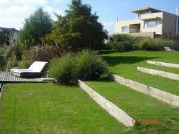 Resultado de imagen para jardines en desnivel jardines for Amenagement jardin en restanque