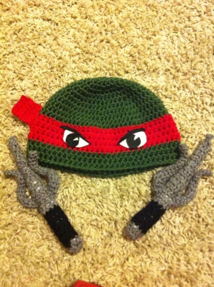 Photo Clips : Shark Hat From Knitting Ninja Allison Macalister ...