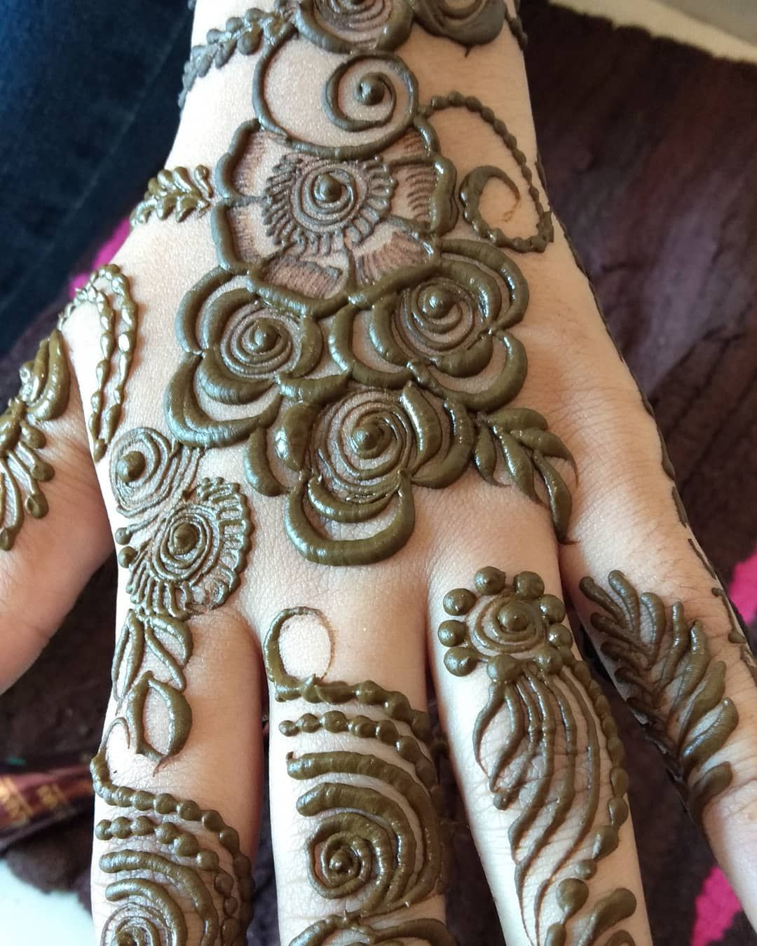 Pin By Ahlam On Henna Designs Henna Patterns Hand Henna Henna Designs