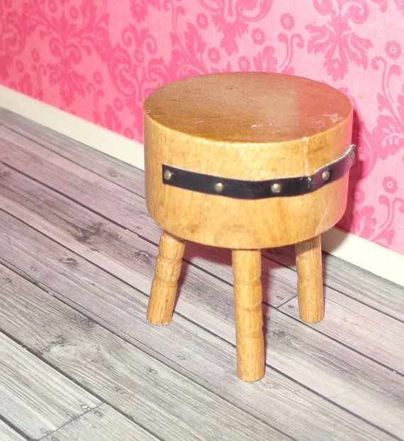 miniature dollhouse vintage round butcher block table dollhouse dollhouse miniatures. Black Bedroom Furniture Sets. Home Design Ideas