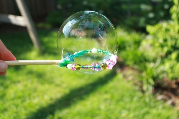 Diy Bubble Wands With Beads Med Bilder Hantverk Sommar Kids