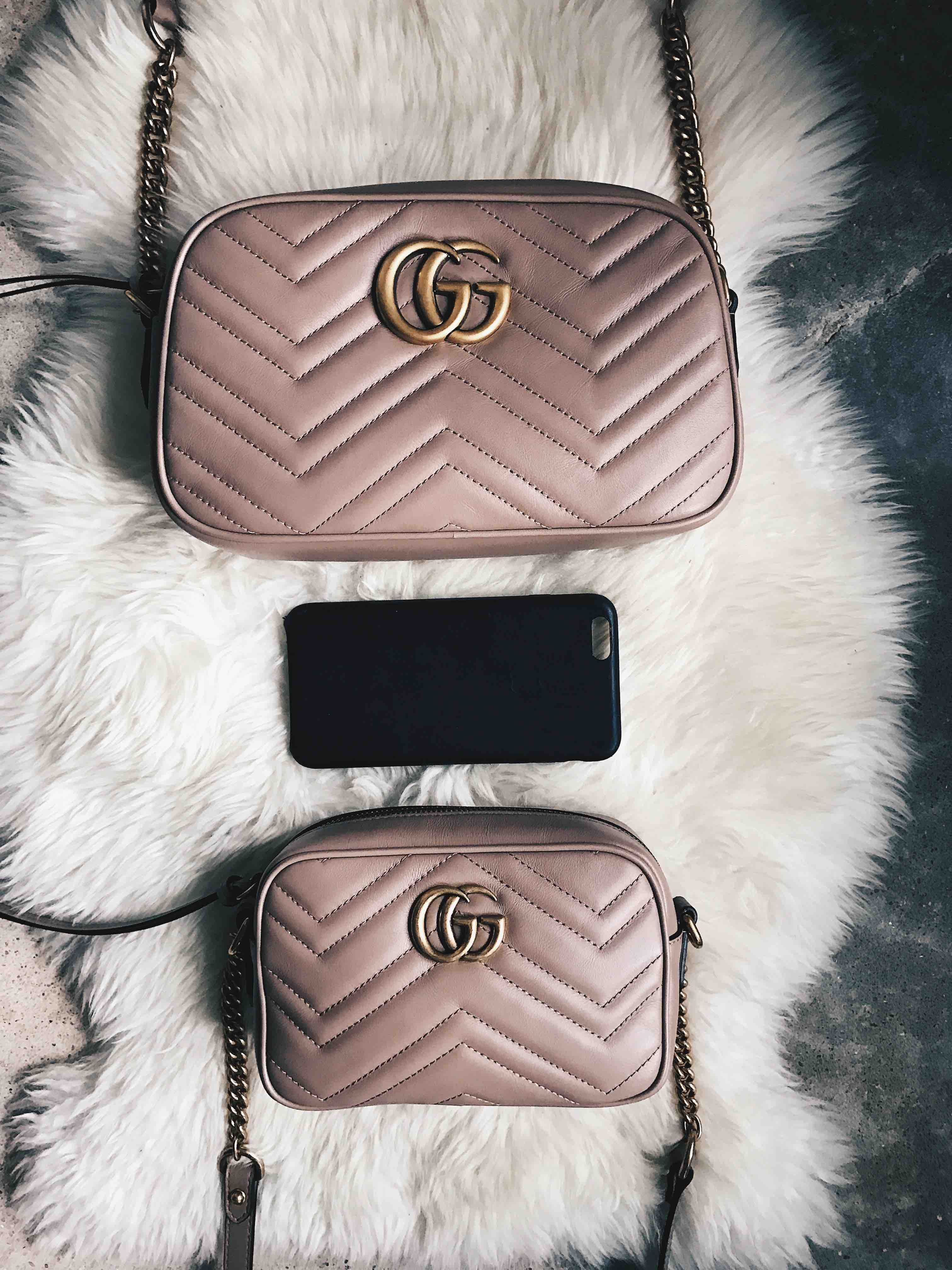 Dtkaustin Shares The Size Comparison For The Gucci Mini And Small Marmont Crossbody If You Re I Gucci Crossbody Bag Gucci Handbags Crossbody Gucci Marmont Bag