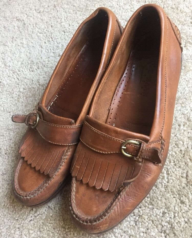 Buckle loafers, Leather slip ons