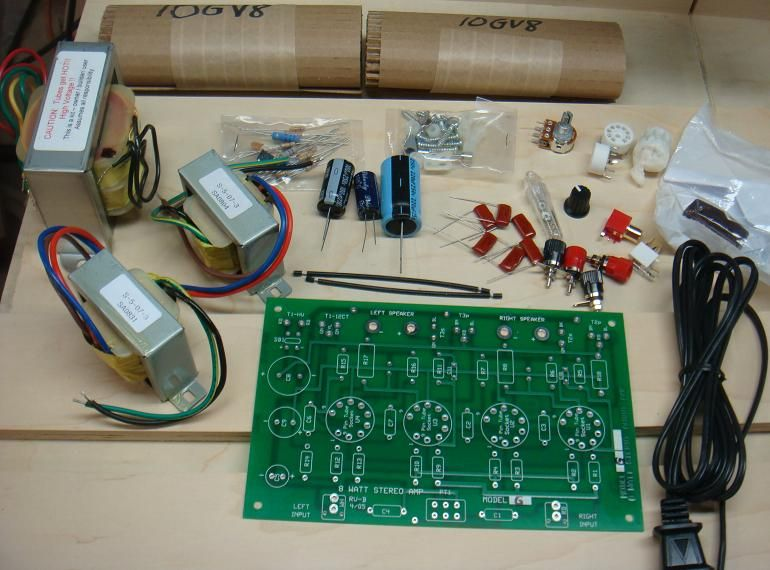 Typical Contents of an S5 Electronics K-12 Tube Amp Kit Tube AMP - k amp uuml che retro stil