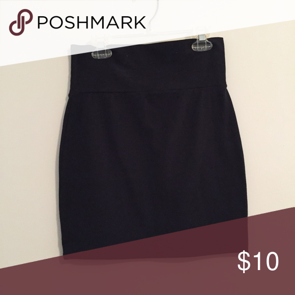 Black bodycon mini skirt Excellent condition- worn once. Charlotte Russe black bodycon mini skirt. 95% cotton and 5% spandex. 17 inches long. Charlotte Russe Skirts Mini