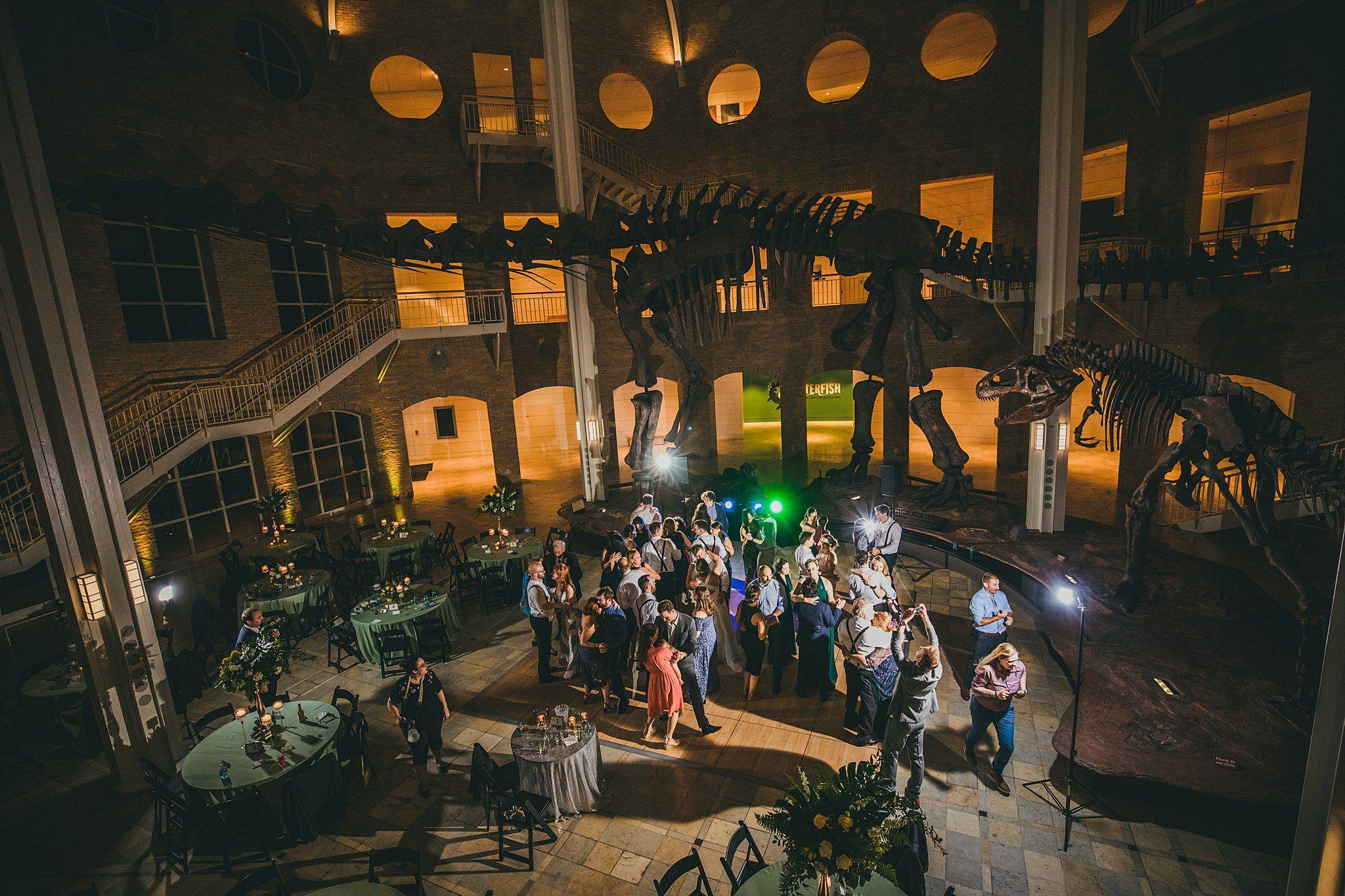 Fernbank Museum Of Natural History Wedding Reception In 2020 Atlanta Wedding Atlanta Wedding Photographer Atlanta Wedding Reception