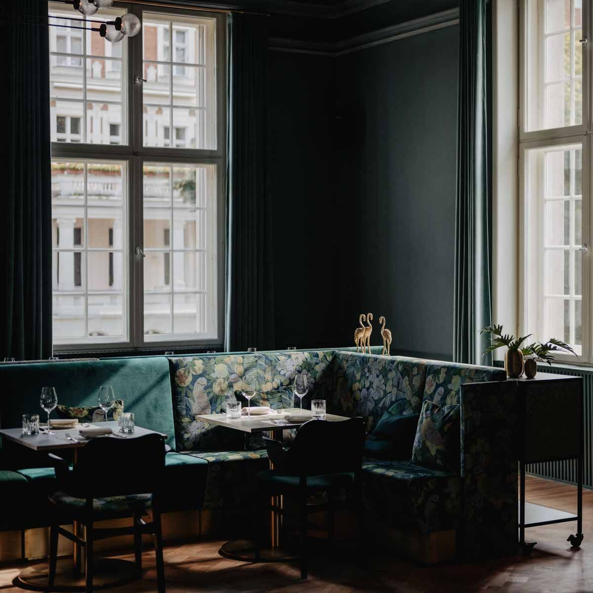 Villa Kellermann In Potsdam Am Heiligen See Berlin Creme Guides In 2020 Restaurant Villa Potsdam