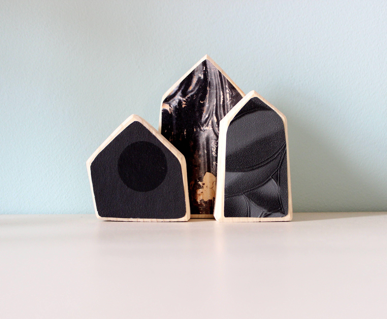 Decorazione in legno e carte da parati nere Carta da
