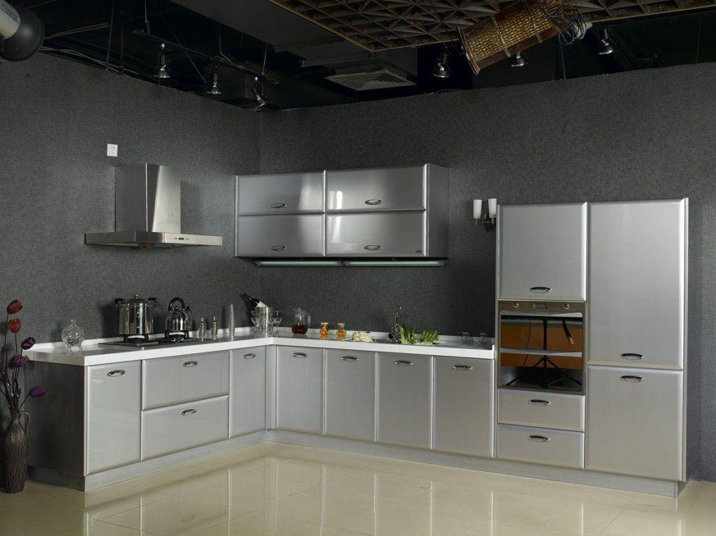 Erhalten Sie Die Eleganz Auf Den Modernen Metallkuchenschranken Halsteadstudio Stainlesssteel Arbeits Metall Kuchenschranke Moderne Kuchenideen Kuchendesign