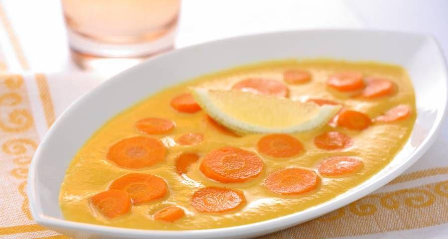 Quieres preparar esta deliciosa Receta de zanahoria en salsa picante ? Como todas las semanas en SiendoSaludable te dejamos las 5 recetas vegetarianas de cada país, en este caso de Túnez. Con muchas alternativas similares a las marroquíes, egipcias o libanesas, la gastronomía tunesina tiene varias opciones vegetarianas que vale la pena conocer… ¡y probar! El paso a paso de cada una Link en la imagen! #SiendoSaludable #recetasvegetarianasTunez #recetasvegetarianas