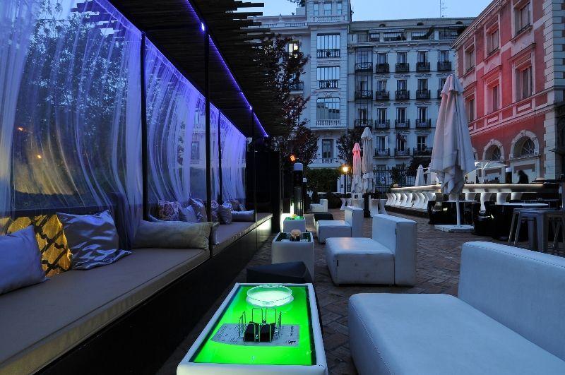 40 Mejores Terrazas De Madrid Para Tocar El Cielo Terrazas Terrazas Madrid Piscina Terraza