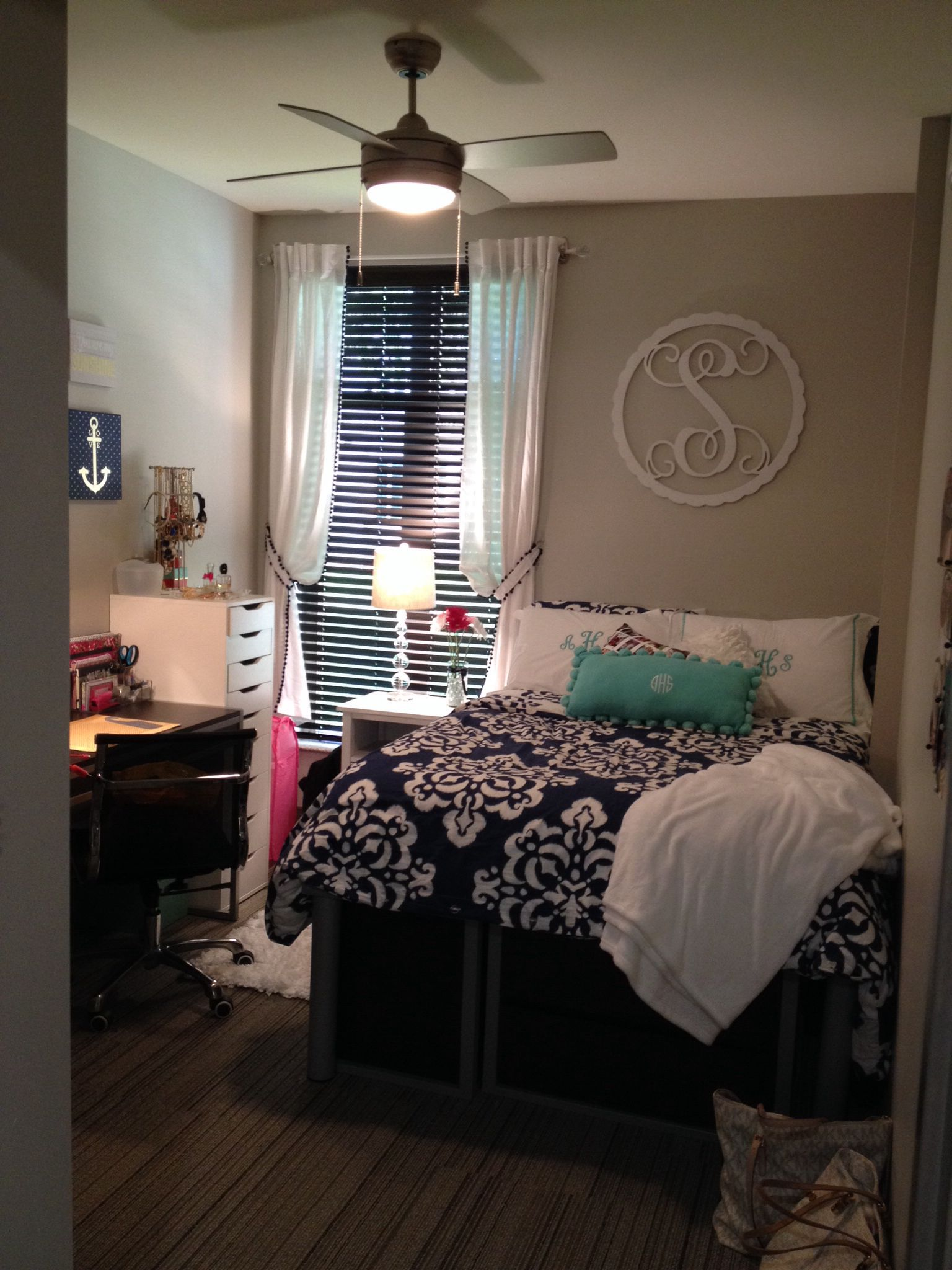 Girls Dorm Idea University Of Kentucky Woodland Glen Lll