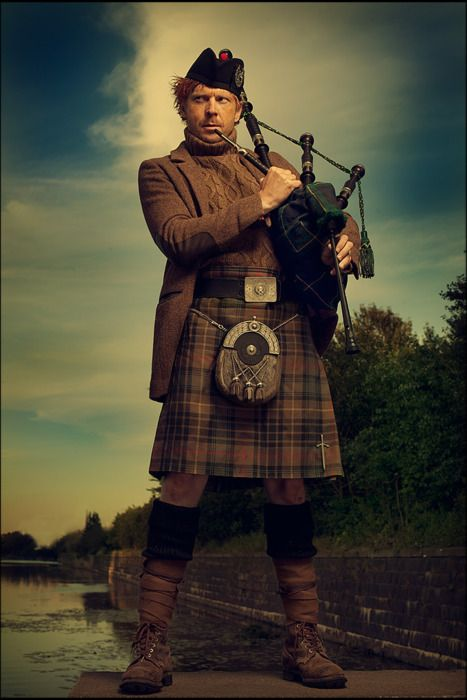 More of guys n kilts... this guys is a character.