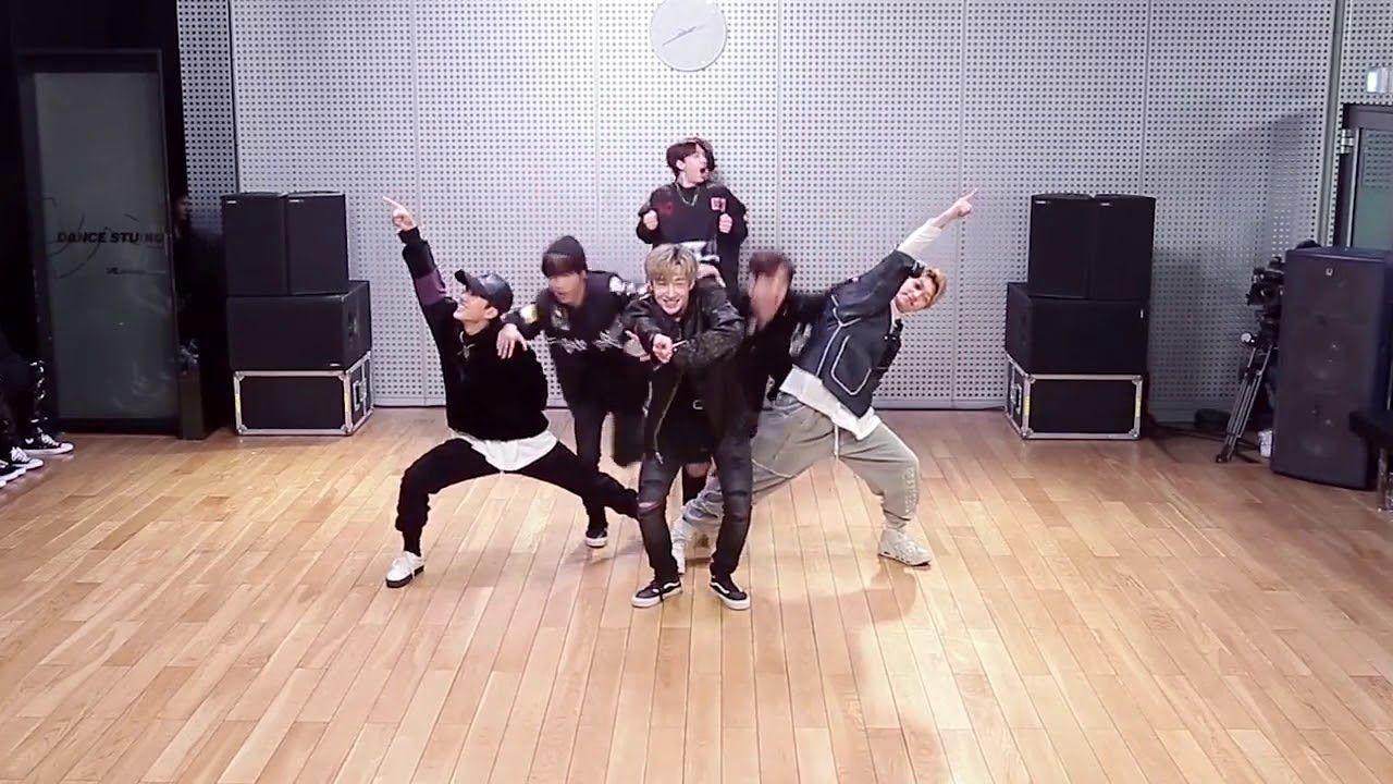Jyp Vs Yg Battle Dance Battle Stray Kids Full Cam Wow Amazing Perfect Performance Strayki Kids Dance Baby Shark Dance Baby Shark Music