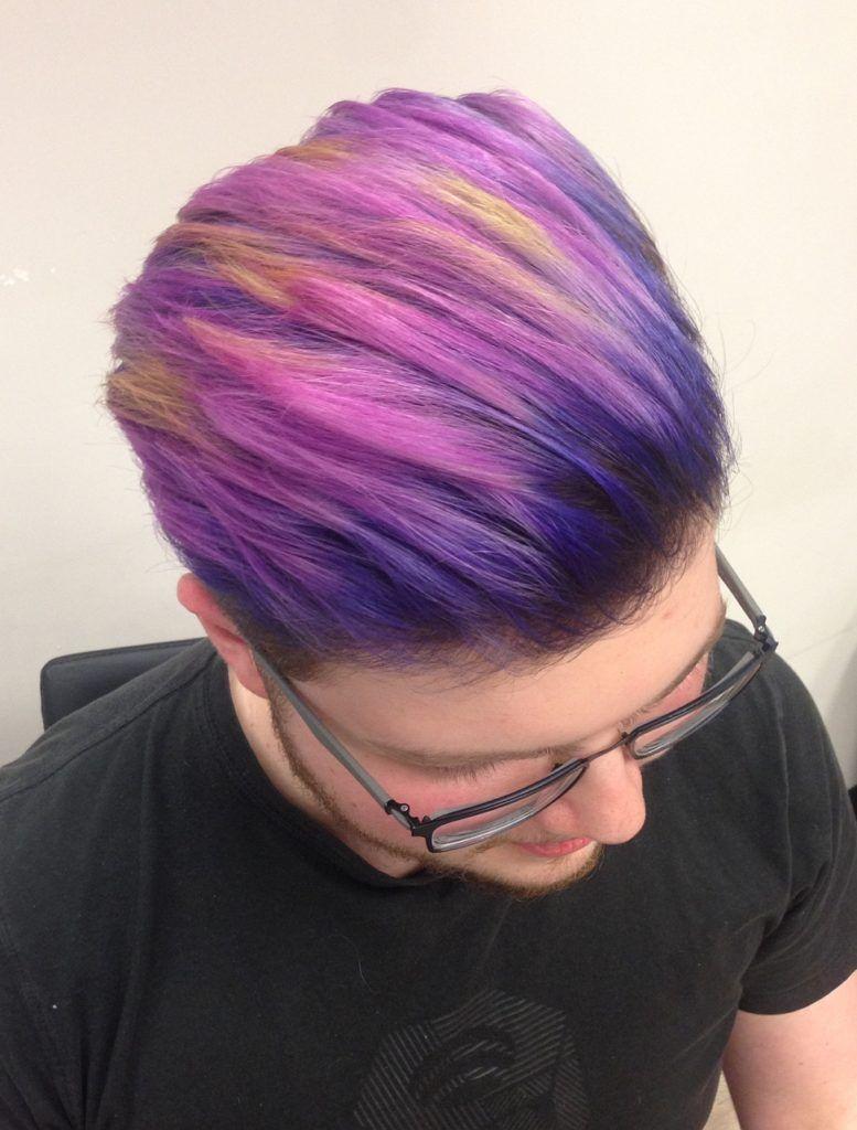 männer haarfarbe ideen für charismatische look sunset neon hair