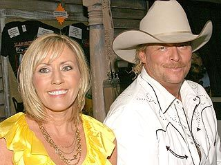 Alan Jackson Celebrates With Bologna Sandwiches Allen Jackson