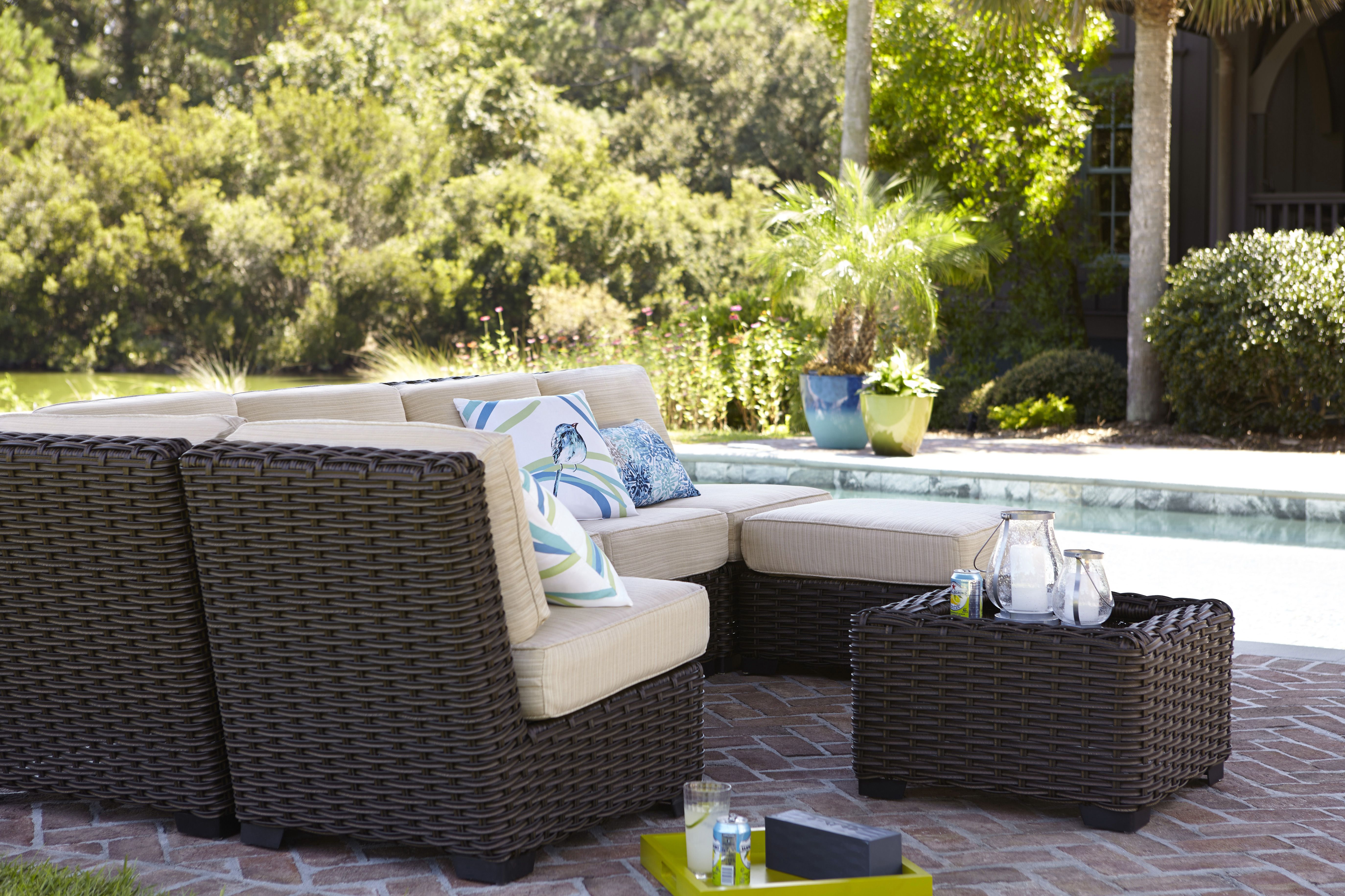 Customize Allen Roth Blaney Patio Set Fit