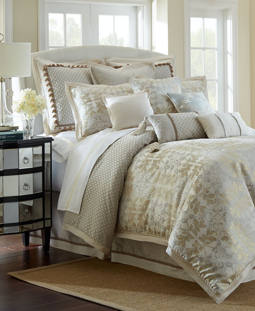 Waterford Reversible Olivette Queen 4Pc. Comforter Set