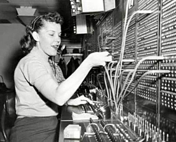 Chicago-CTA Switchboard-Operator-Merchandise-Mart-1957.jpg (617 ...