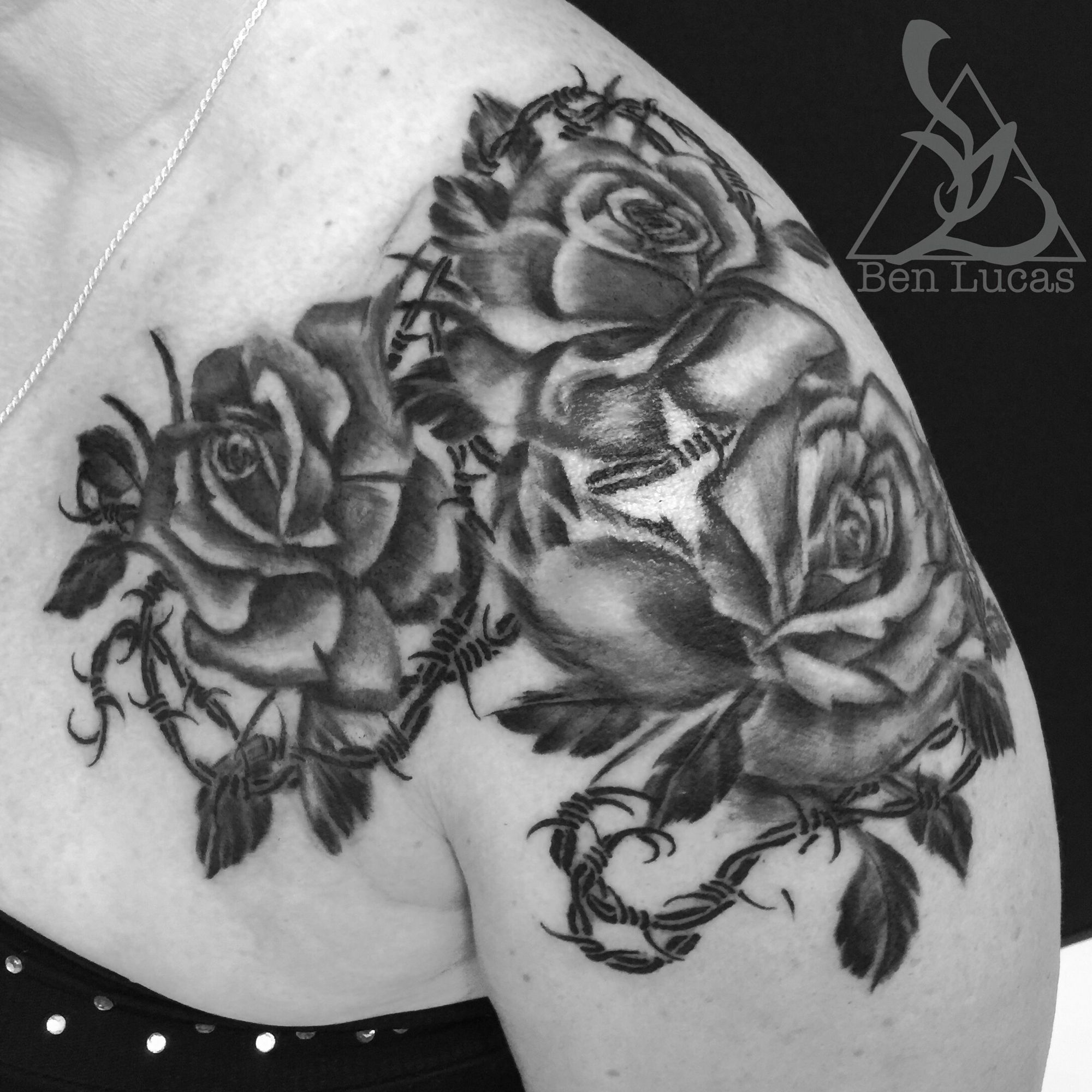 Rose tattoo. Black rose tattoo with barbed wire | Tat Tat Tatttddd ...