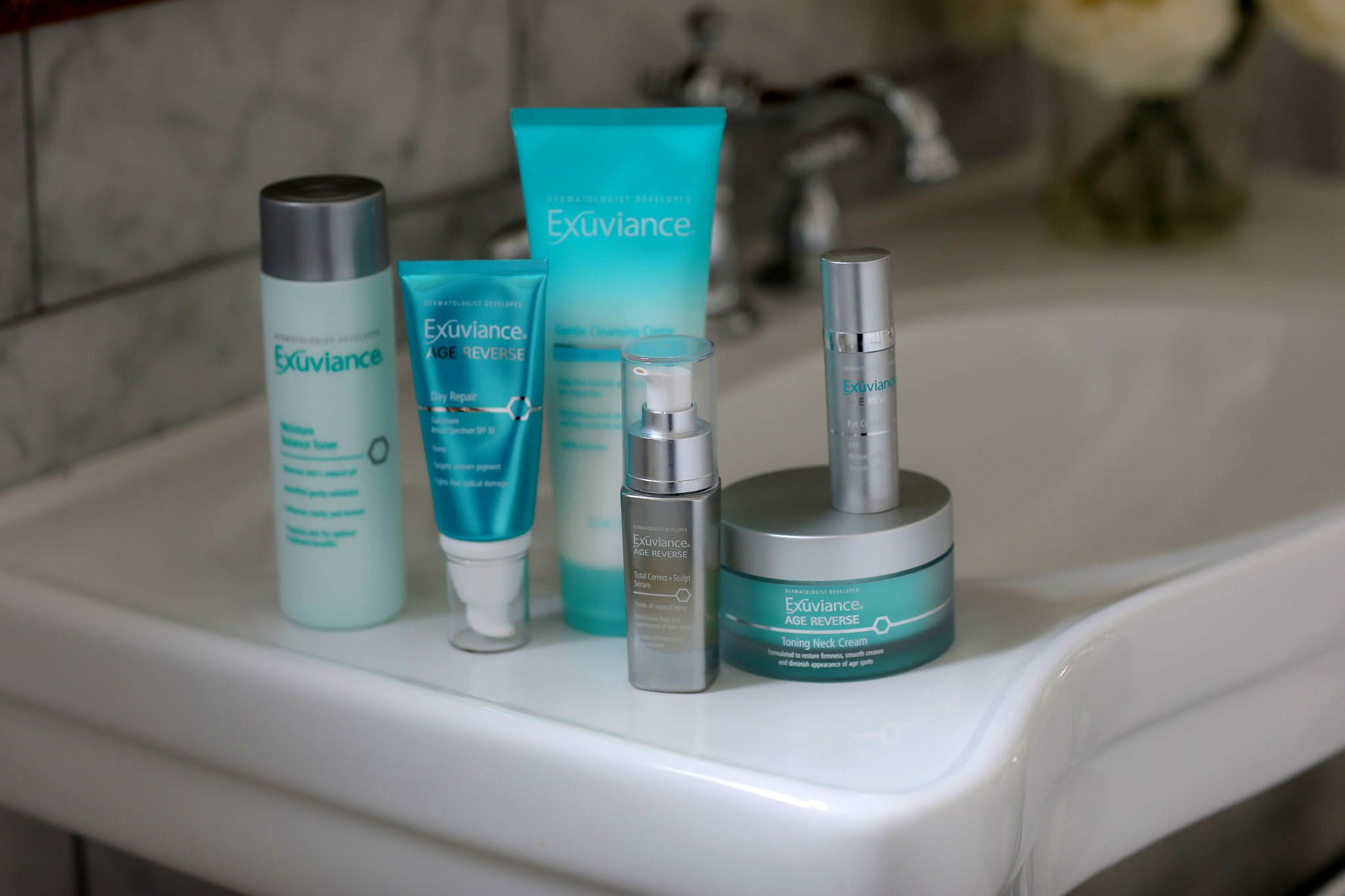 Best daily skincare routine target visible signs of aging