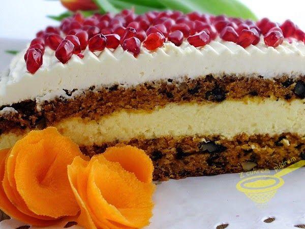 Delikatna Lagodnosc Tak Okreslilabym To Ciasto Polaczenie Wilgotnego Marchewkowca Z Mnostwem Orzechow Kremu Migdalowego I Masy Z Ma Baking Cheesecake Food