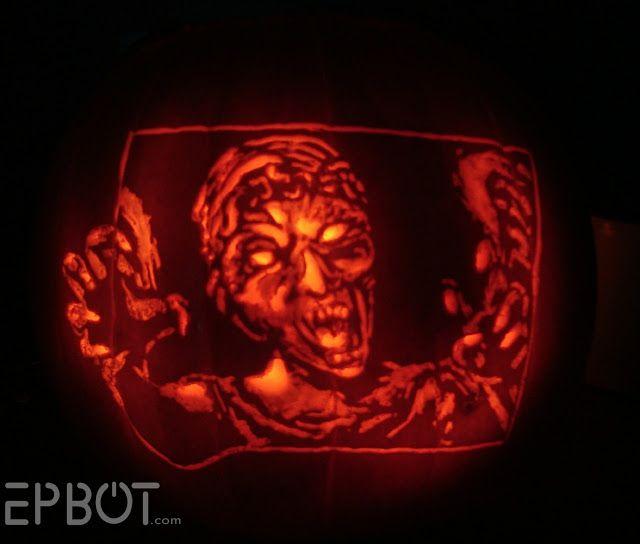 Weeping Angel pumpkin | Dr. Who | Halloween treats ...