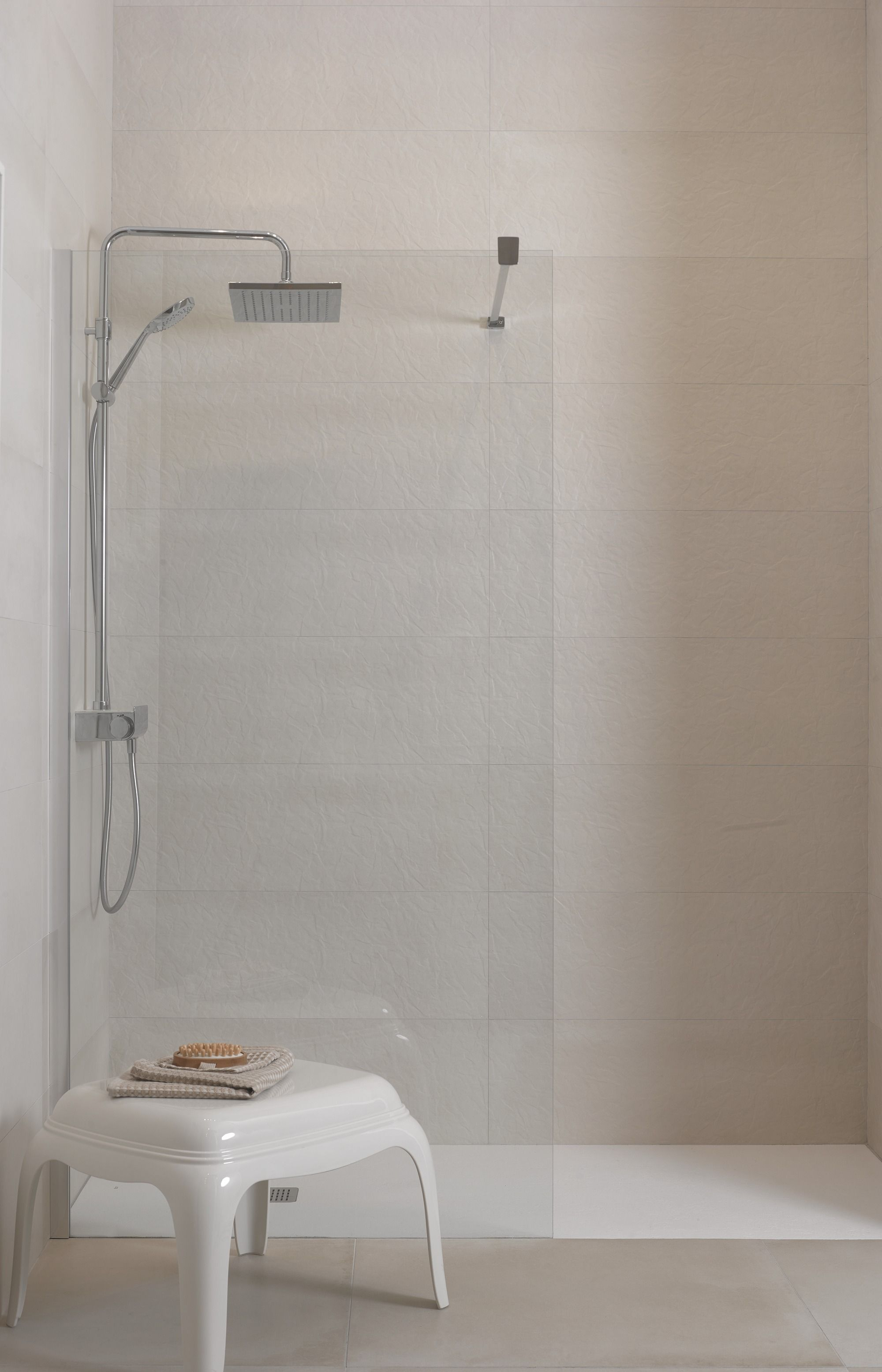 Chelsea suite excell arena ceramic tiles by roca http ceramic tiles by roca doublecrazyfo Gallery