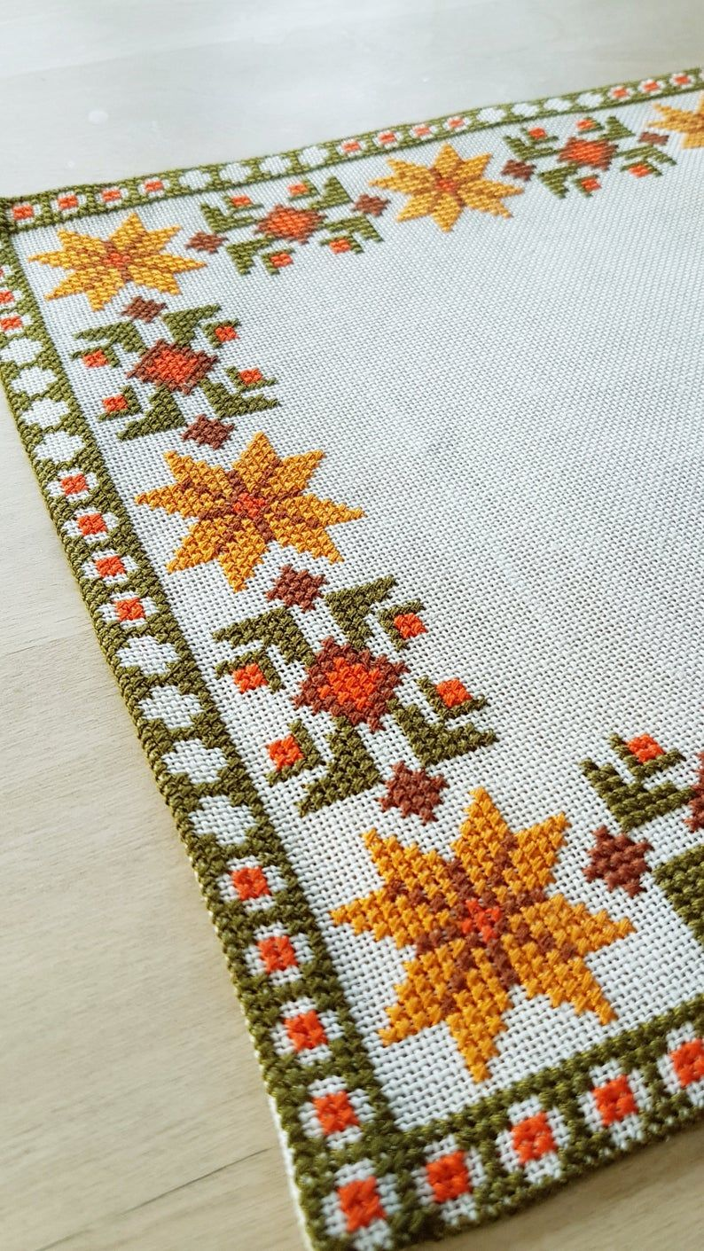 Beautiful Autumn Cross Stitch Embroidered Tablecloth In White Linen From Sweden In 2020 Cross Stitch Floral Cross Stitch Cross Stitch Flowers