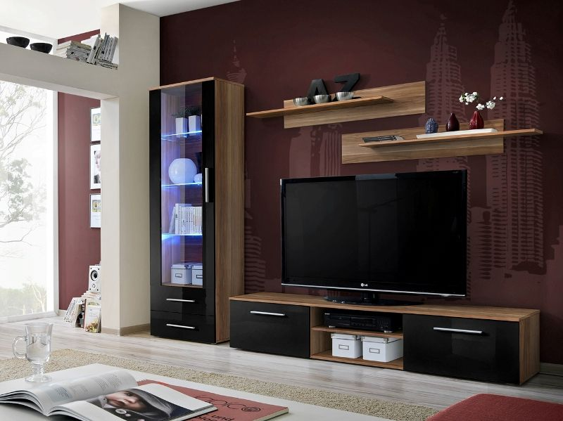 Montrose 2 - black high gloss fronts and walnut wall unit in ...