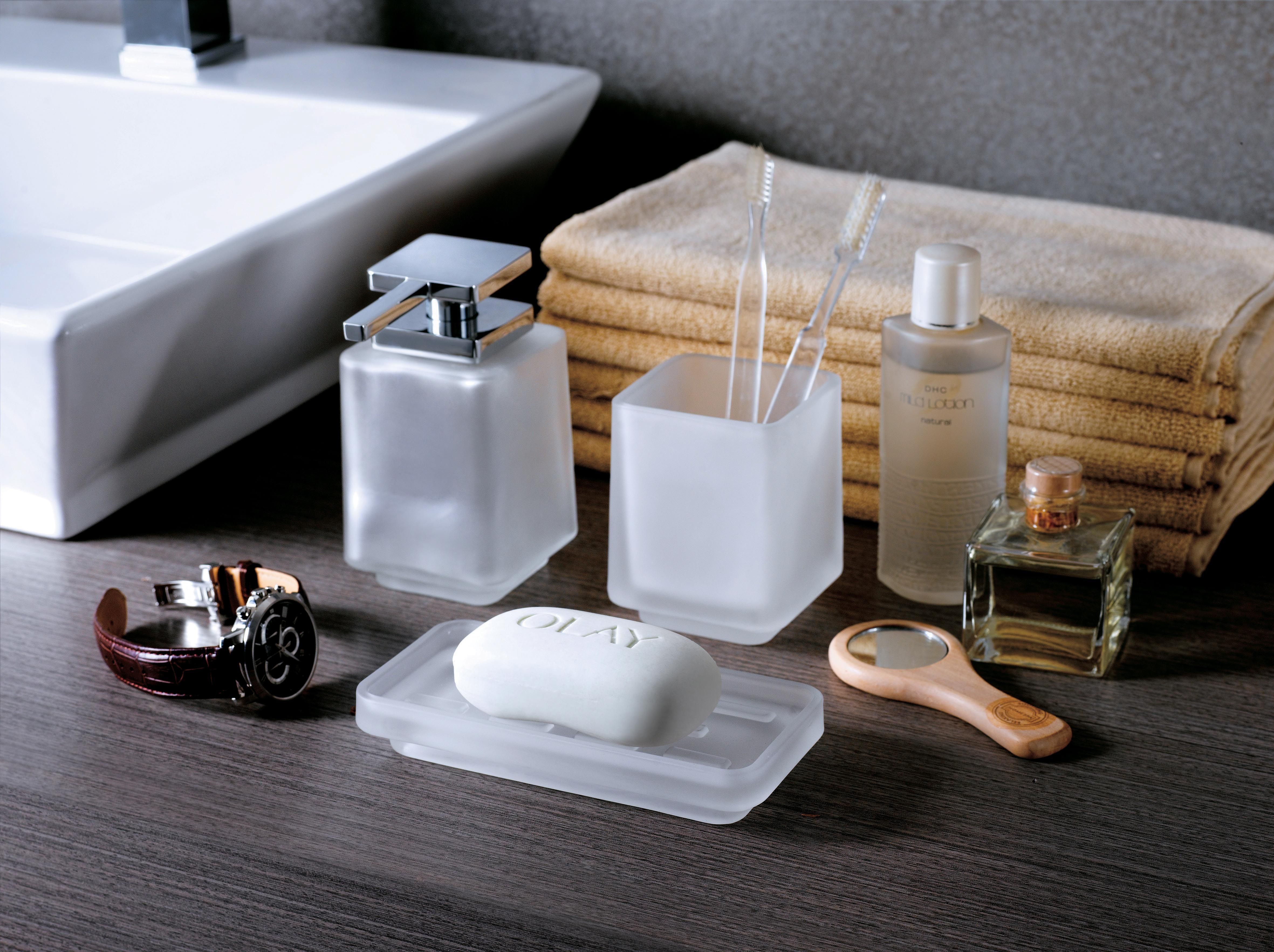 Tabletop Bathroom Accessory / Dezi Home