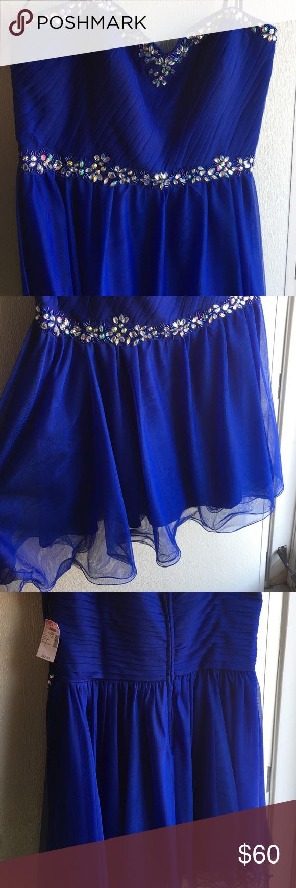 Blue homecomingprom dress nwt homecoming royal blue and ruffles