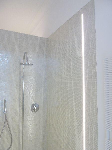 Badbeleuchtung led beleuchtung pinterest - Lichtplanung badezimmer ...