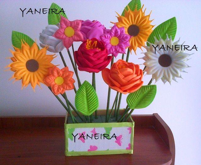 Hermoso Arreglo Floral De Yaneira Manualidades Flores