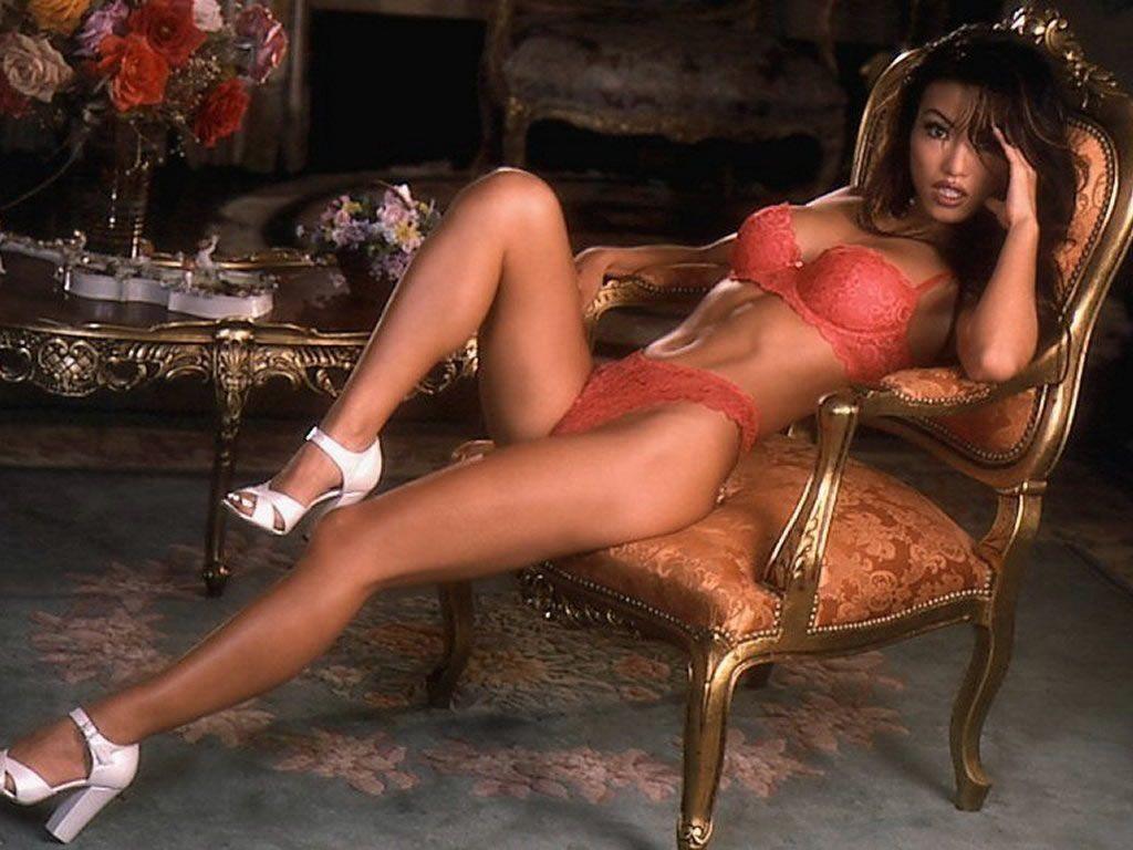 fille en bikini sexy anniversaire salope