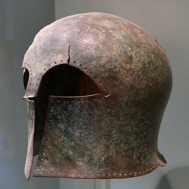 родственные древние шлемы картинки как красной дорожке
