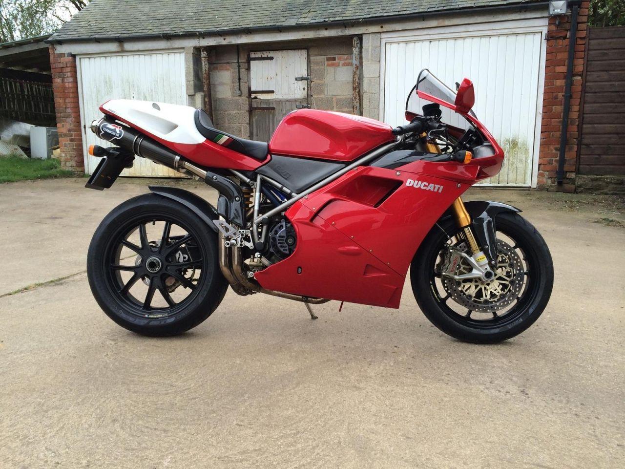 1098s Forks Radial Calipers And Monoblok Brembo Brakes Ducati