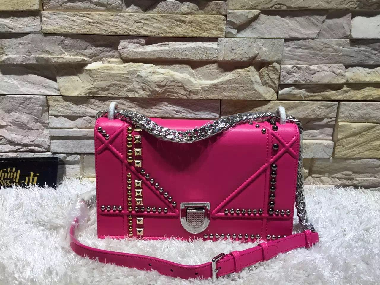 f8c3c5426d Dior Diorama Bag 100% Authentic 80% Off | Dior Bag Sale in 2019 ...