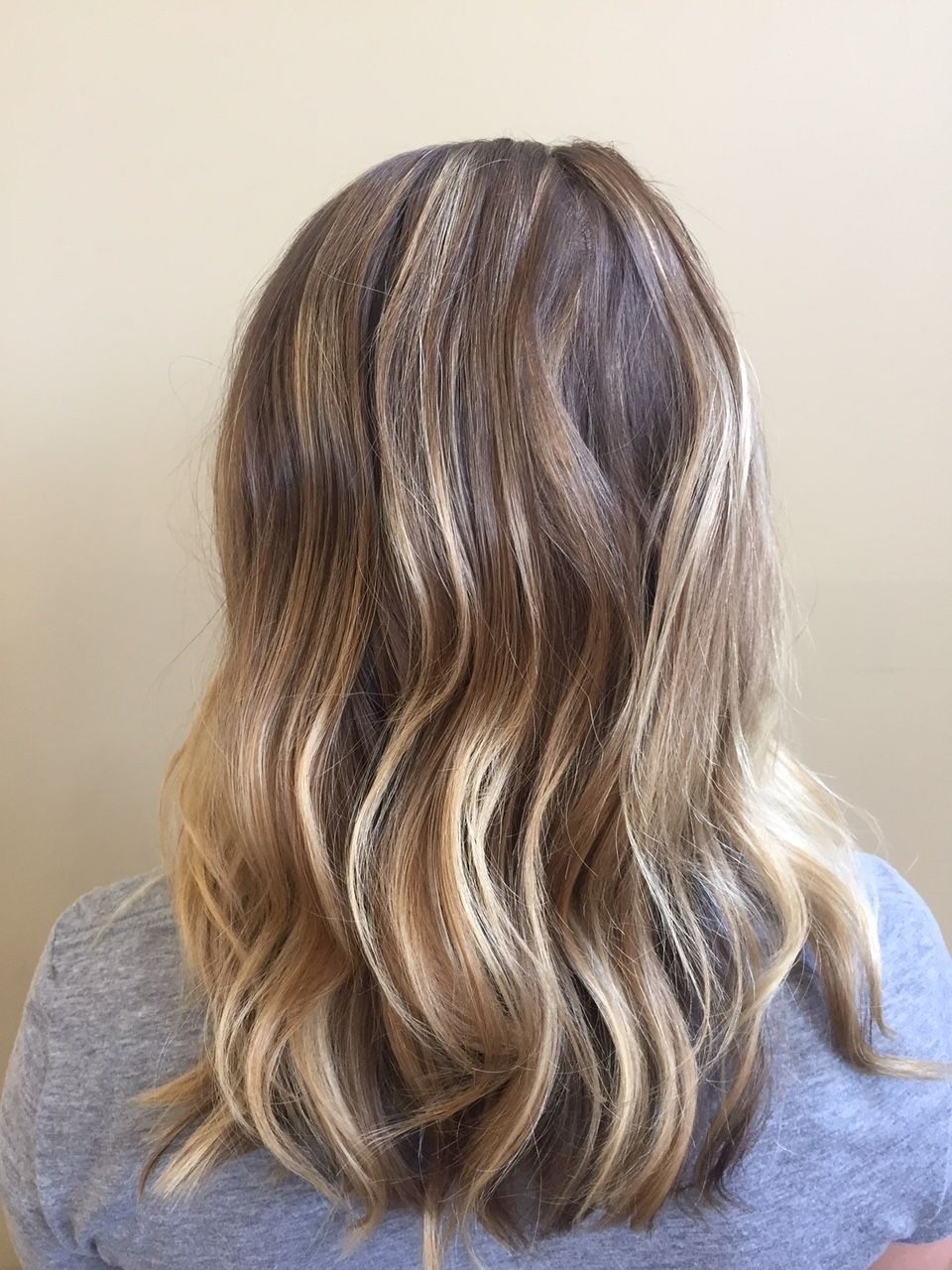 #Wedding days are very special to us at Spalon Montage. One of Stylist Bailey's clients came to see her in February to make sure that her #color was just right for the day of her wedding. She just finished her last of 3 #balayage treatments to give her the look that she loves! She is now wedding ready thanks to Stylist Bailey at our #Chanhassen location!