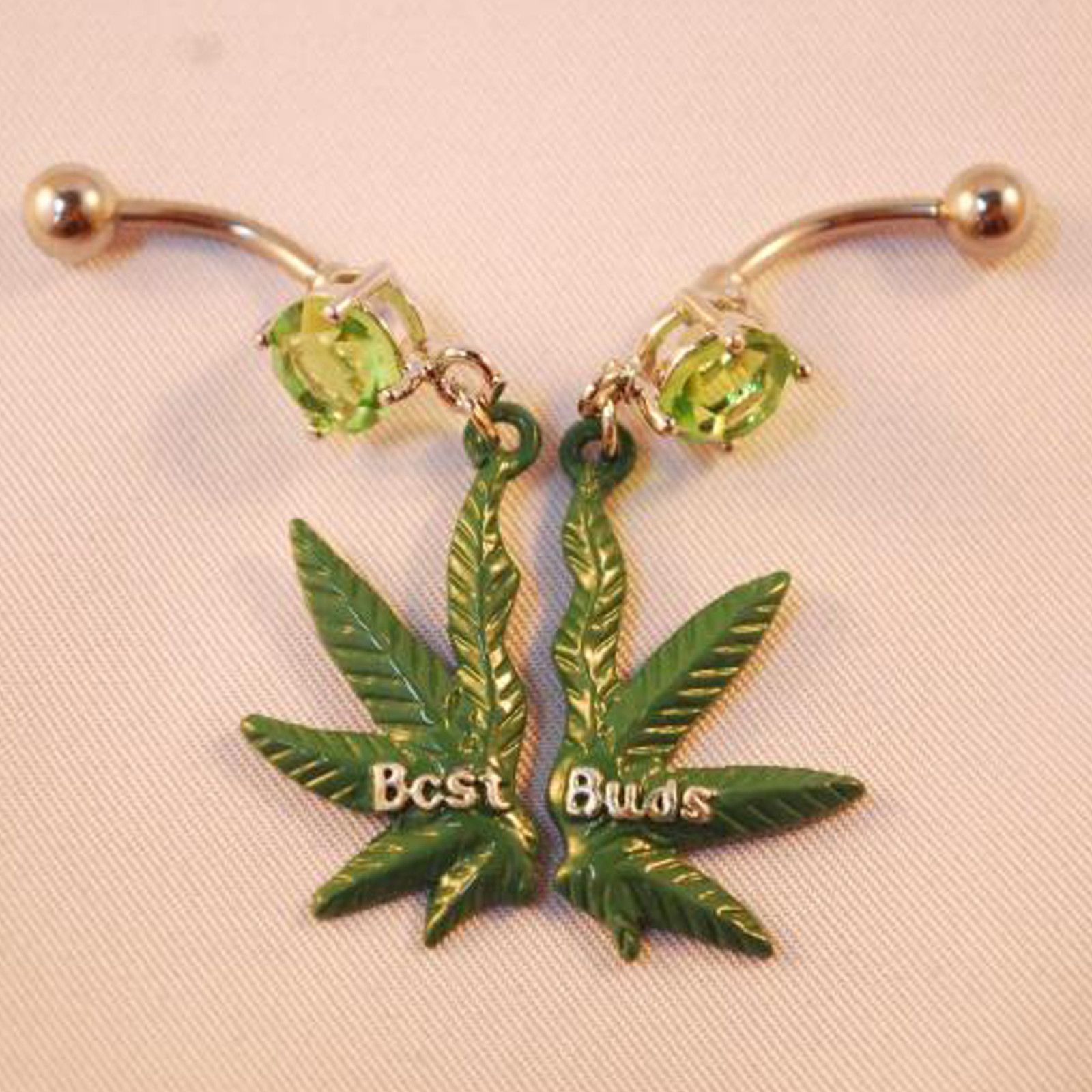 If my belly button was pierced and I had a best friend...who was a girl....who had hers pierced too i would so want this!!!