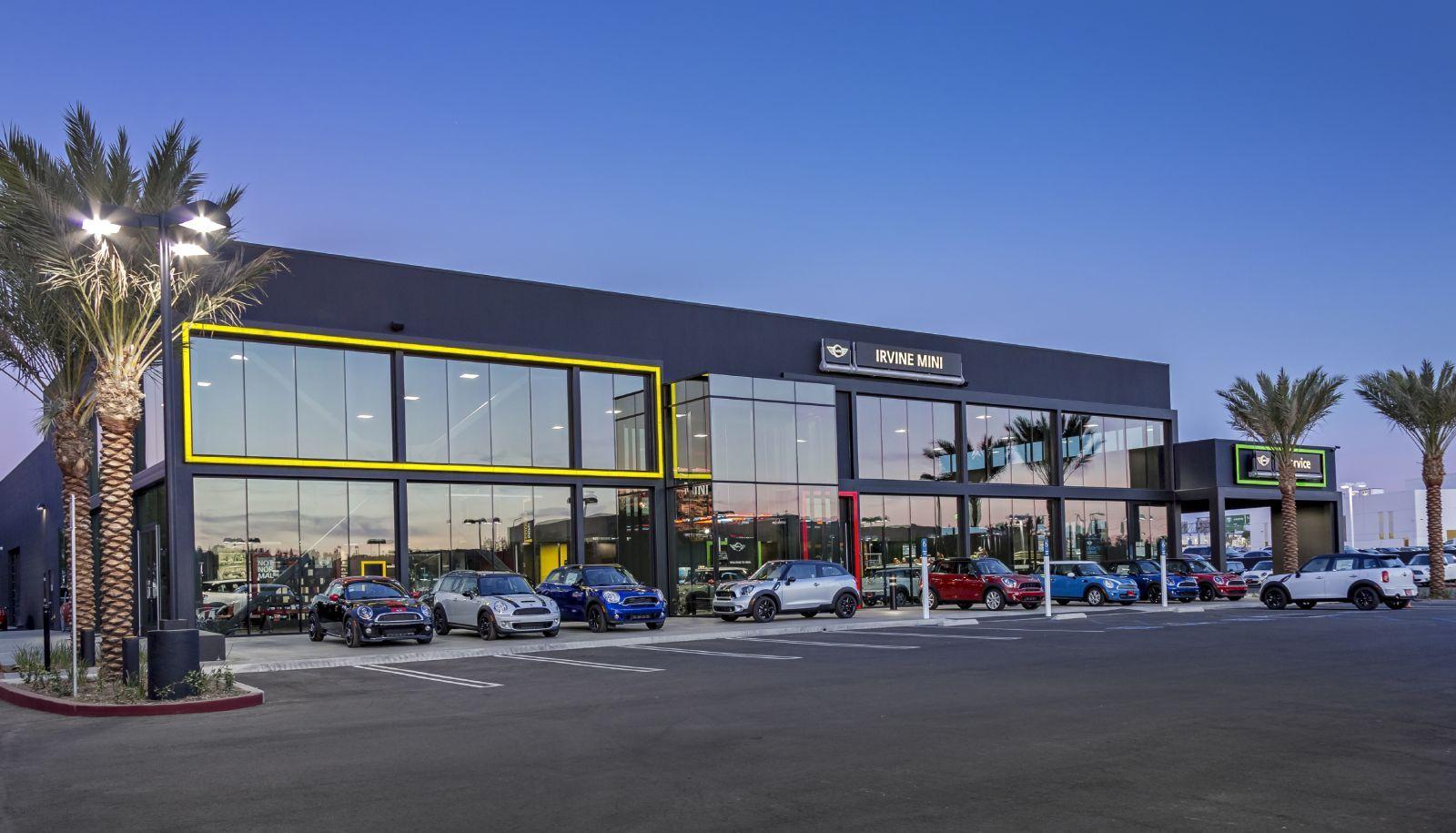 Shelly Automotive Group Bmw Mercedes Benz Mini Orange County Los Angeles California Car Showroom Design Bmw Dealership Bmw