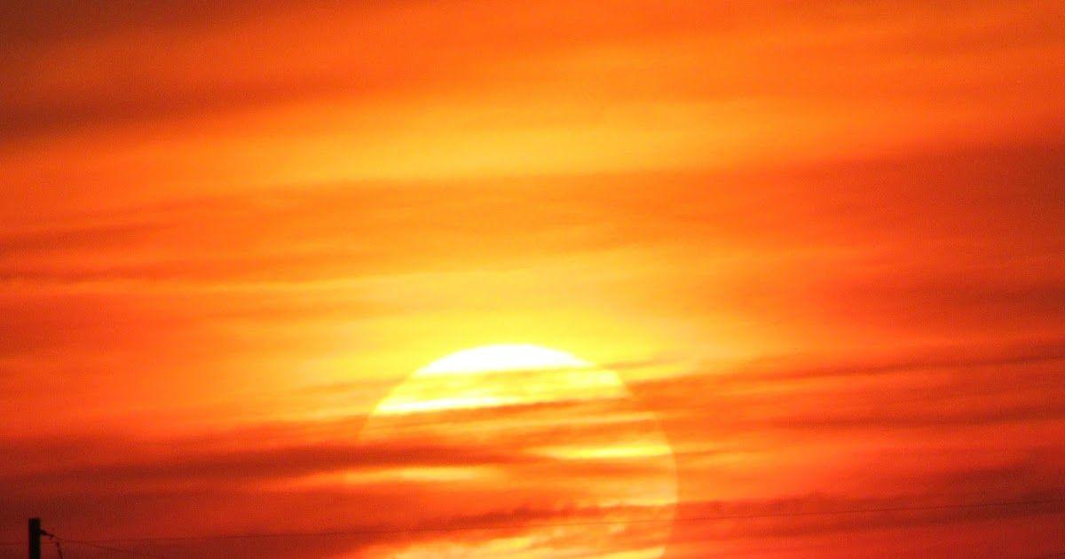 Pemandangan Senja Di Laut Story Wa Senja Di Sore Hari Keren Duration Lukisan Ini Menceritakan Keadaan Pada Waktu Senja Di 2020 Pemandangan Matahari Terbenam Gambar