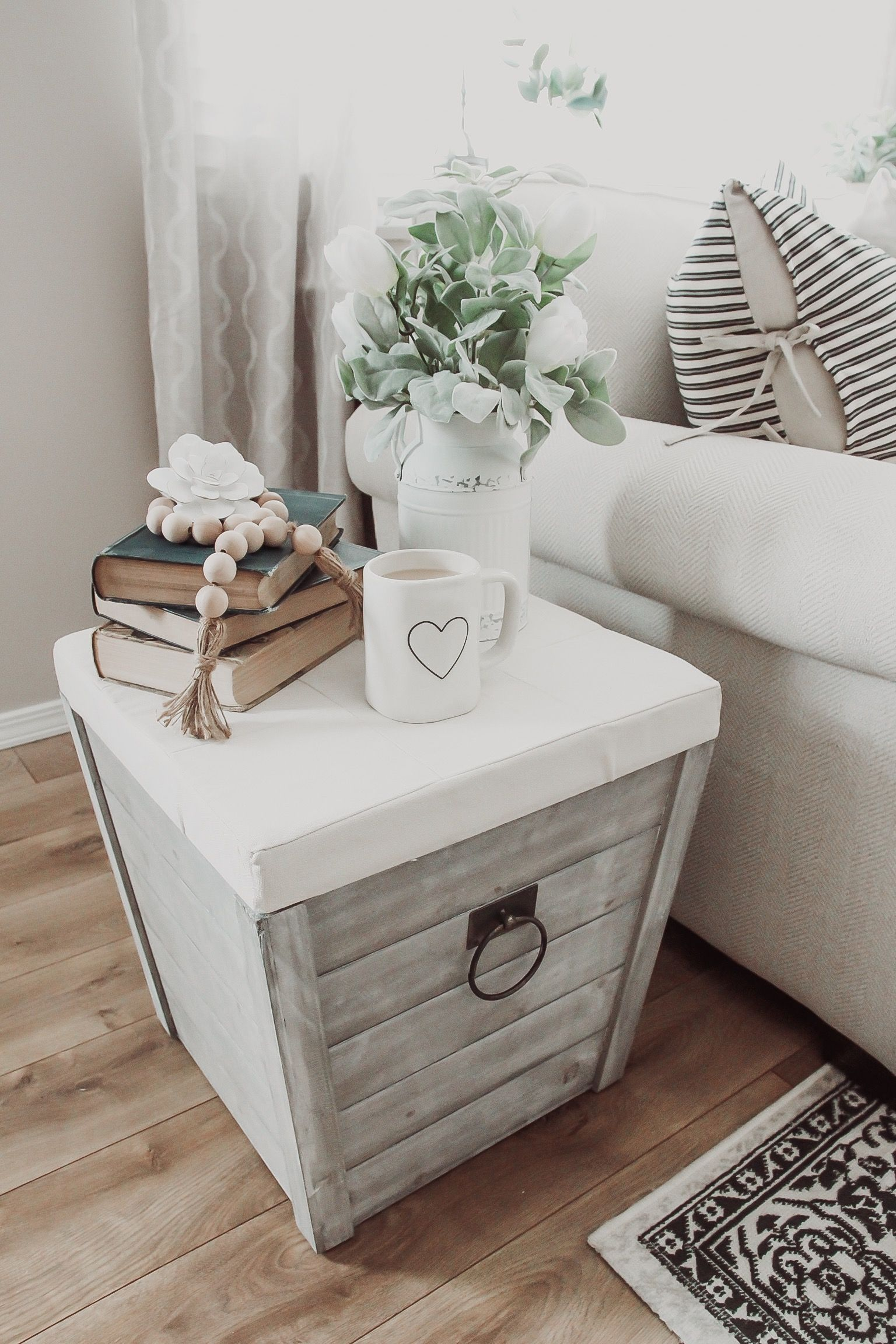 Ottoman Uses We Love The Way Farmhouse Flare Designs Uses Functional Pieces