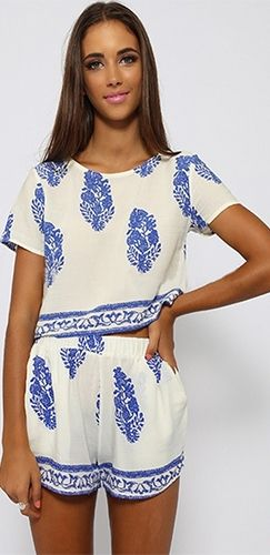 f3e3fa440ca5 White Blue Floral Geometric Short Sleeve Scoop Neck Top Shorts Two Piece  Romper