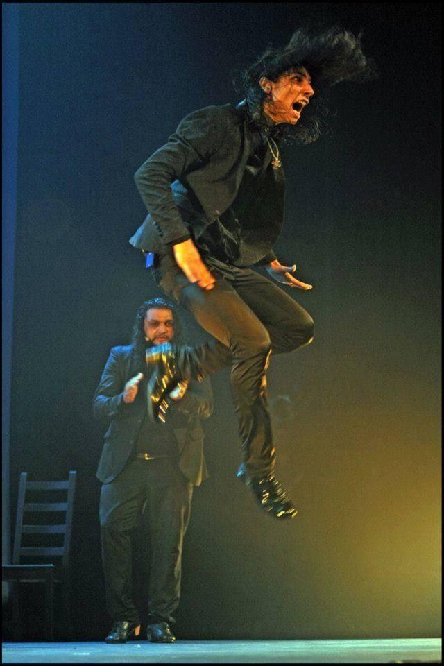 "Sensacional! #Yiyo ""El bailaor"" Ole! Yiyo Fernandez Ribas https://www.facebook.com/photo.php?fbid=10203310351740323&set=a.1484602315801.2068343.1256162802&type=1&theater…"