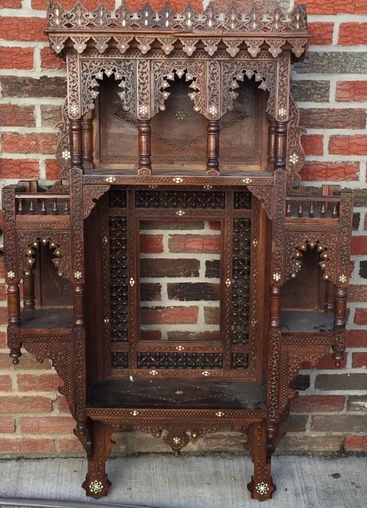 Antique 19th Century Middle Eastern Syrian Made Wood Wall Unit With Inlay Ebay Decoration Salon Marocain Decoration Salon Deco Interieure