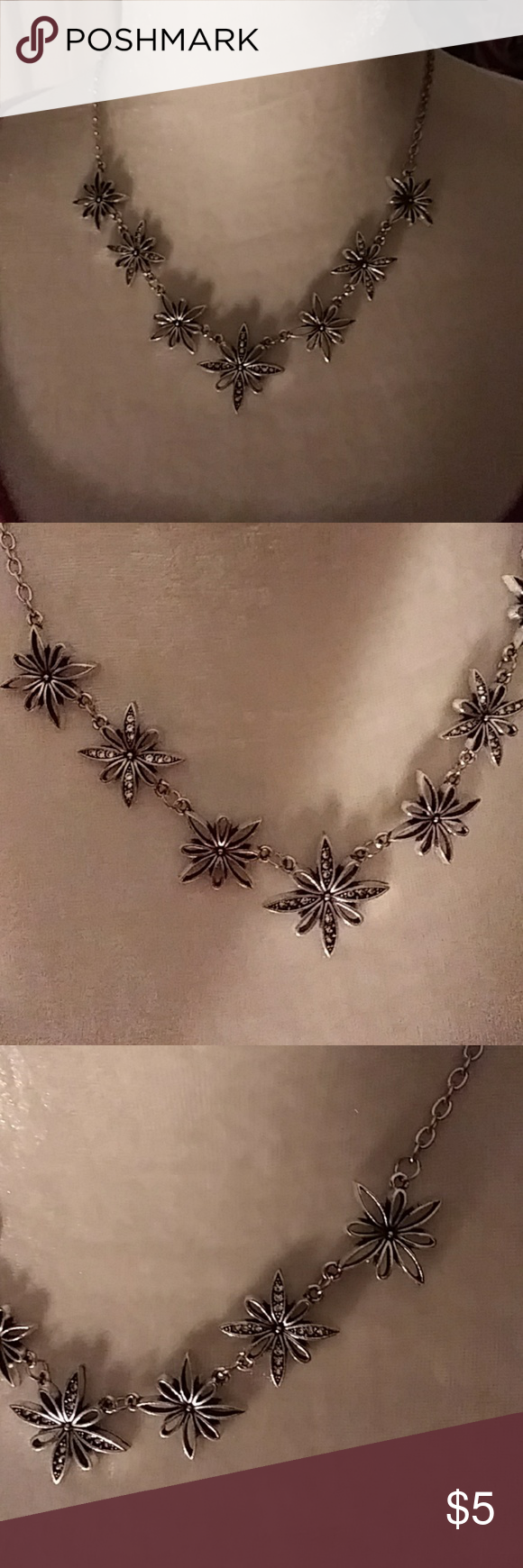 how to describe a necklace