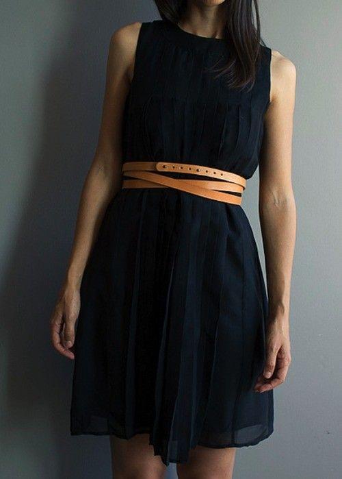 Infinito caramel leather belt with black sleeveless dress | noussnouss