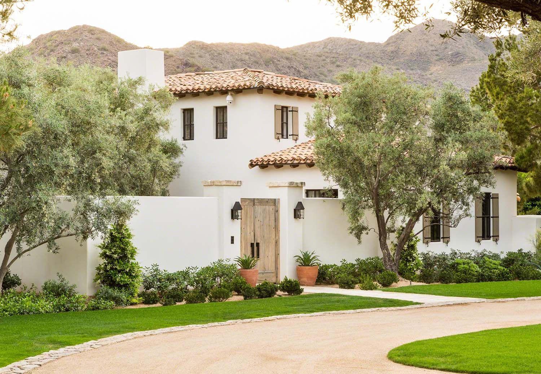 Beautiful Mediterranean Style Dream House In Paradise Valley Arizona Spanish Style Homes Mediterranean Homes Mediterranean Style Homes
